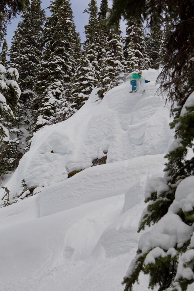 bearpaw heli-skiing helen schettini